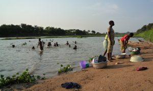 la vie au bord du fleuve (FILEminimizer)