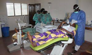soins dentaires béninois (FILEminimizer)